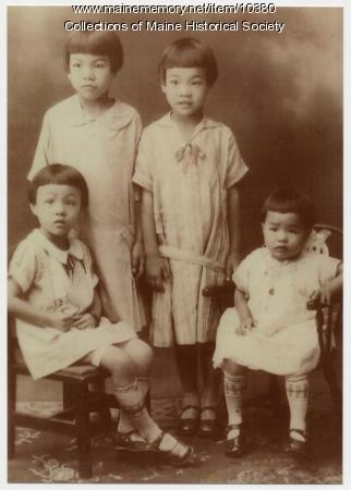 The Wong sisters, Portland, ca. 1927