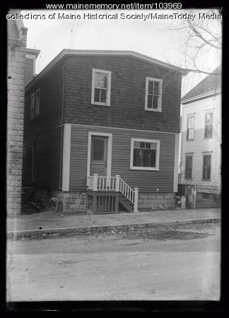 African Methodist Episcopal Zion Church parsonage, Portland, 1923