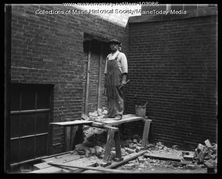 Stone mason, ca. 1935