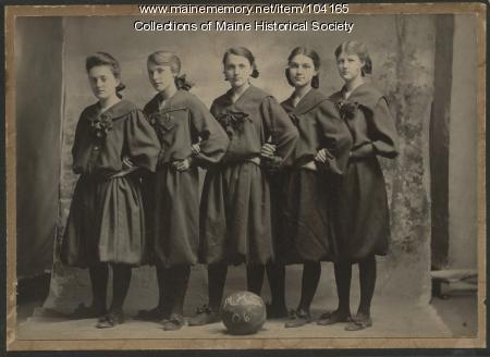 Millinocket High School girls basketball team, 1906