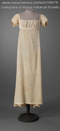 Slender cotton gown, Buckfield, ca. 1805