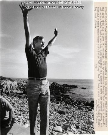 Candidate Bush on beach, Kennebunkport, 1980