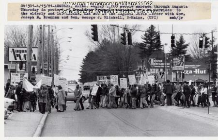 Protesting proposed federal budget cuts, 1981