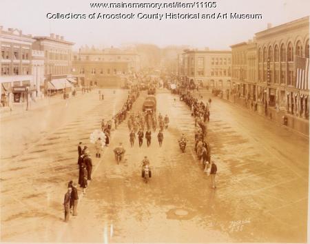 Armistice Day parade, Houlton, ca. 1935