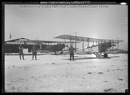 Biplanes at Harry M. Jones Hangar, ca. 1920