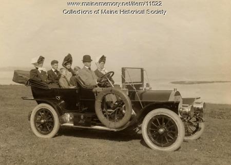 Knox 7 Passenger Touring Car, Portland Company, ca. 1909