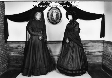 Jane Lord Stone and Alice Durrell Smith dresses, ca. 1860