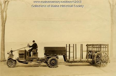 Knox-Martin 3-wheeled tractor, 1914