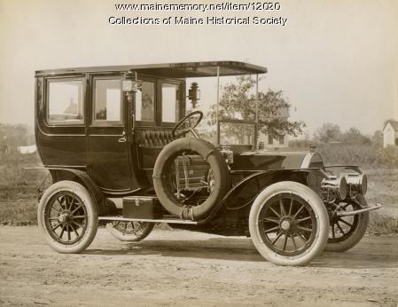 Knox Limousine automobile, c. 1910