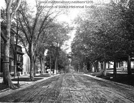 State Street looking south from Longfellow Square