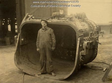 Mud bucket, Portland Company, ca. 1920
