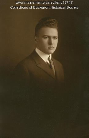Donald R. Knapp, Bucksport, 1922