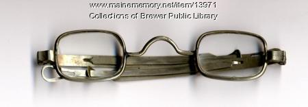 Spectacles worn by Sarah Chamberlain