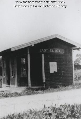 Street railway waiting station, East Eliot, c. 1905