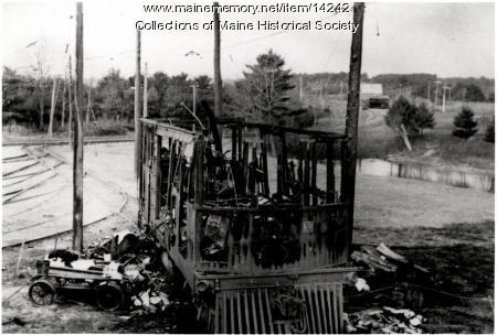 Burned trolley car, South Berwick, 1908