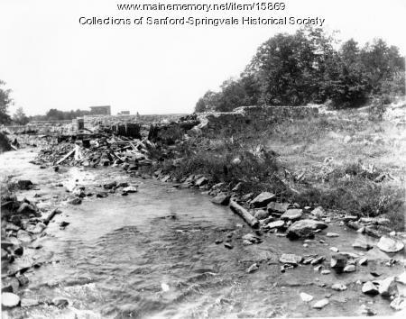 Construction of the New Dam at Estes Lake, Sanford, ca. 1905