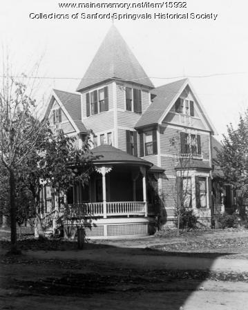 16 School Street, Sanford