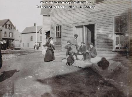 Woman and children, Portland, ca. 1895