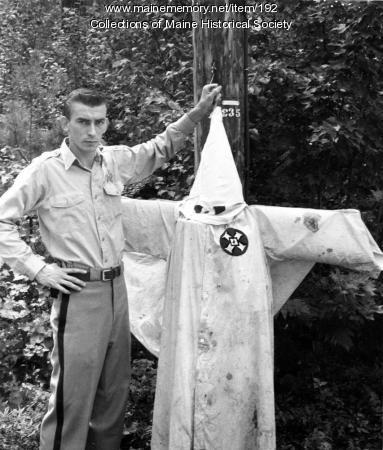Ku Klux Klan outfit, Hollis, 1963