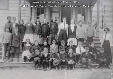 Hall Quarry Schoolhouse and Children