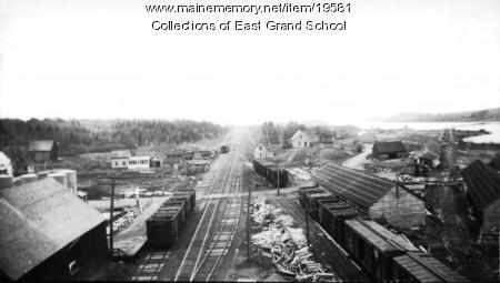 Railroad tracks by mills, Danforth