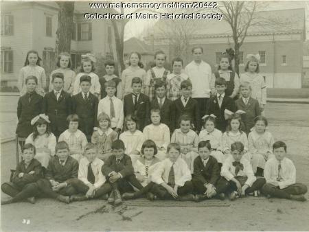 Students, McLellan School, Portland, ca. 1919