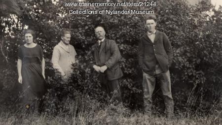 Olof O. Nylander family, Woodland, ca. 1922