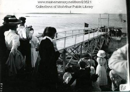 President Taft arrives in Biddeford Pool, July 28, 1910