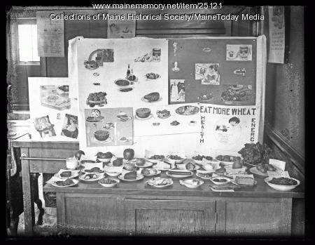 Student project display, Portland, 1924