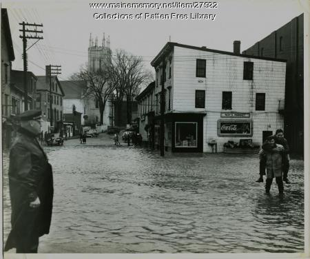 Flooded Washington and Centre Streets, Bath, ca. 1941