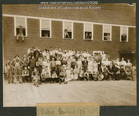Sardine workers, Lubec, ca. 1912