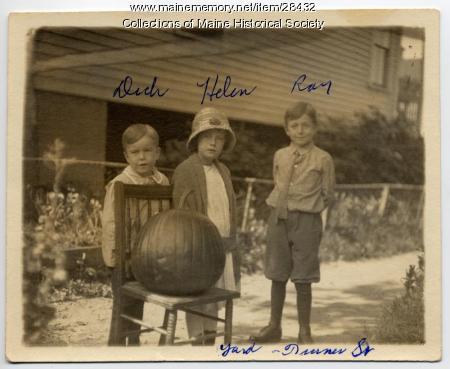 Kerr children, Portland, ca. 1917