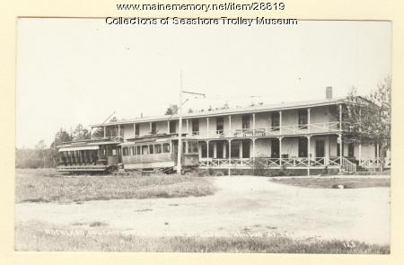 Trolleys and hotel, Rockland ca. 1898