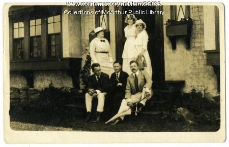 James Montgomery Flagg and Rupert Hughes at Biddeford Pool, ca. 1915