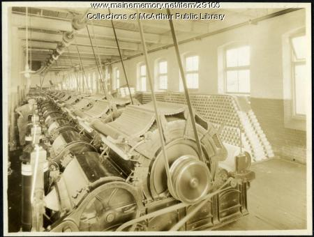 Carding machines at Pepperell Mills, Biddeford, ca. 1925