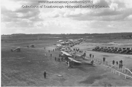 Air Meet at Portland Airport in Scarborough, 1928