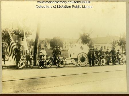 Bicycle parade participants in support of the war, Biddeford, 1917