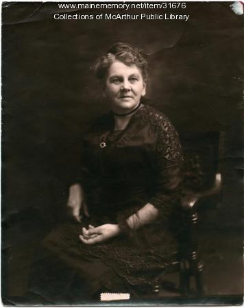Estelle L. Tatterson, Biddeford, ca. 1915