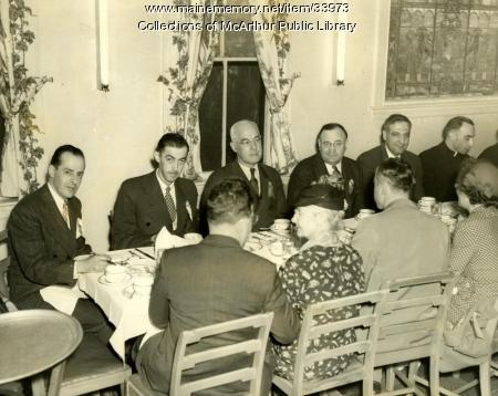 Mayor Louis B. Lausier at a union dinner, Biddeford, 1950