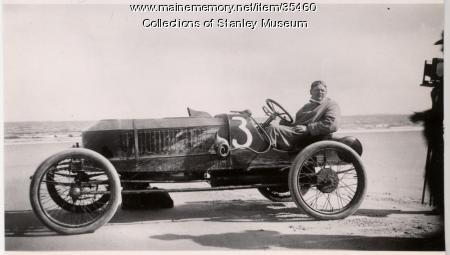 Stanley Steam Racer on Old Orchard Beach, September 1911