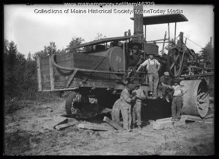 Workers on Portland's water system, ca. 1923