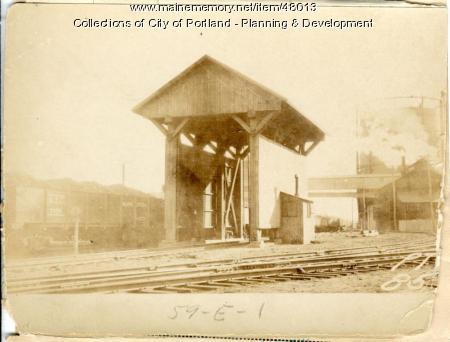 550-566 Commercial Street, Portland, 1924
