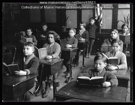 Junior Americanization class, Portland, 1924