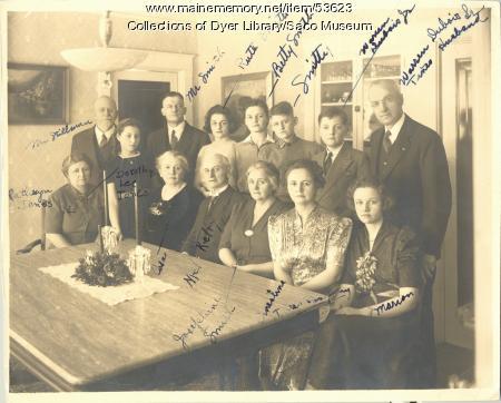 Melville Kelly and family, Saco, ca. 1940