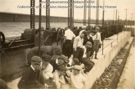 Good Will eighth grade at Shawmut Dam, Fairfield, 1917