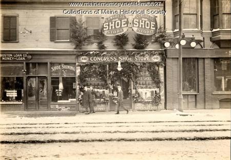 Congress Shoe Store at Christmas, ca. 1912
