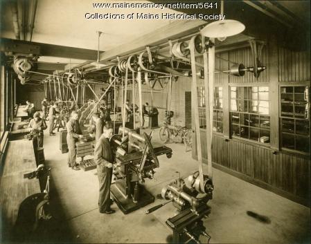 Machine shop, Portland High School, ca. 1920
