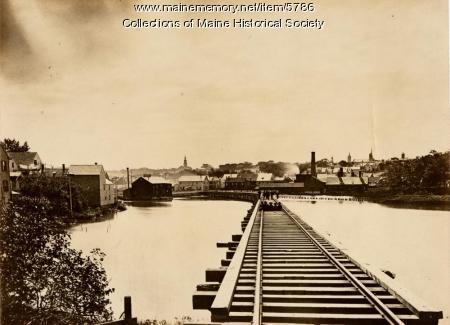 Railroad bridge, Portland, ca. 1910