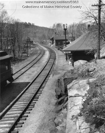 Railroad station, Onawa, ca, 1920