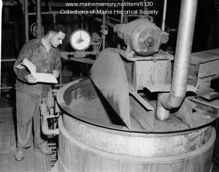 Processing Maine ore, New Jersey, ca. 1954